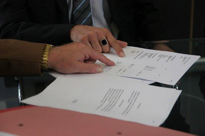 Artus Gruppe - Endkundenverträge der Assekuranz Hermann