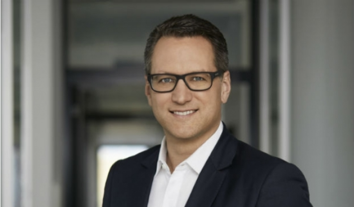 Foto: Geschäftsführer Dr. Sebastian Grabmaier im Interview zur Anleiheemission