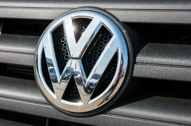 JDC und Volkswagen Bank vereinbaren 5-Jahresvertrag zur Übernahme der Geschäftsabwicklung im Versicherungsbereich